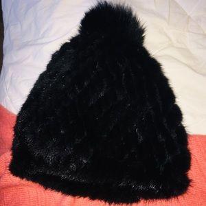 Accessories - ON HOLD——- NWOT 100% genuine Mink Fur beanie